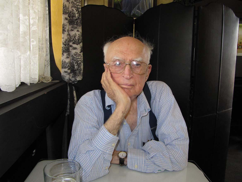 Dr. Frederick Alzofon